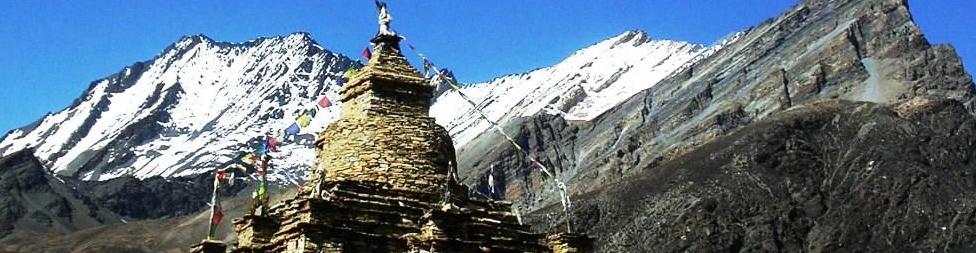 Annapurna circuit trek with Naar & Phu and Kang La